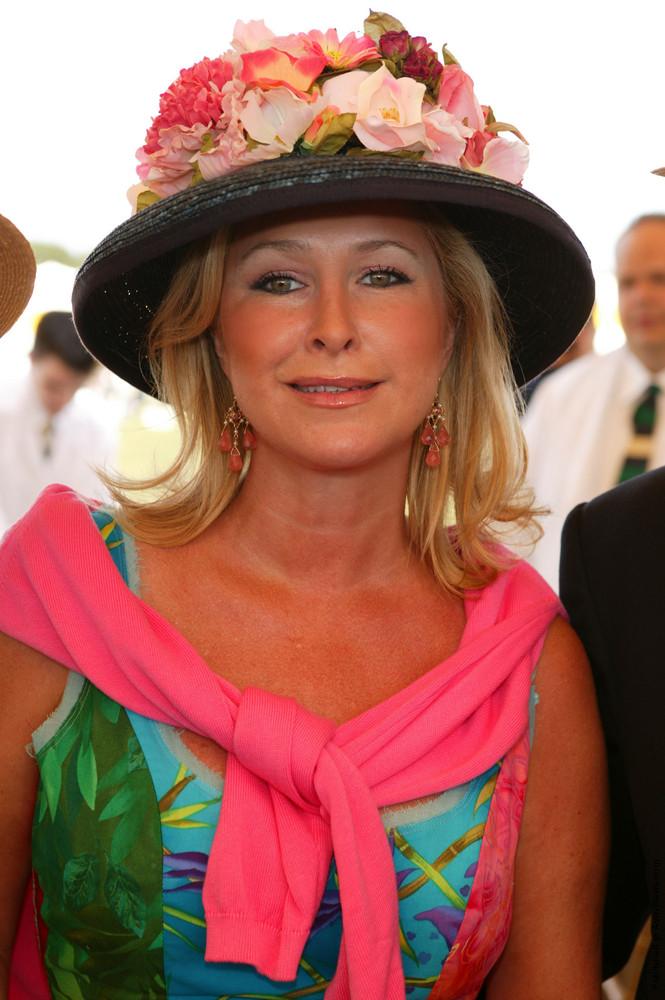 Personal Portrait: Kathy Hilton
