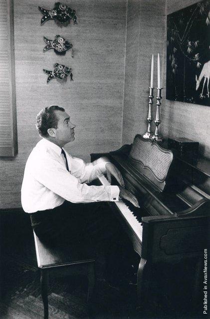 The 37th President of the U.S. Richard M. Nixon plays the piano. USA, New York City, 1966