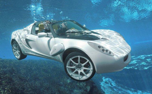 Underwater Concept Car sQuba
