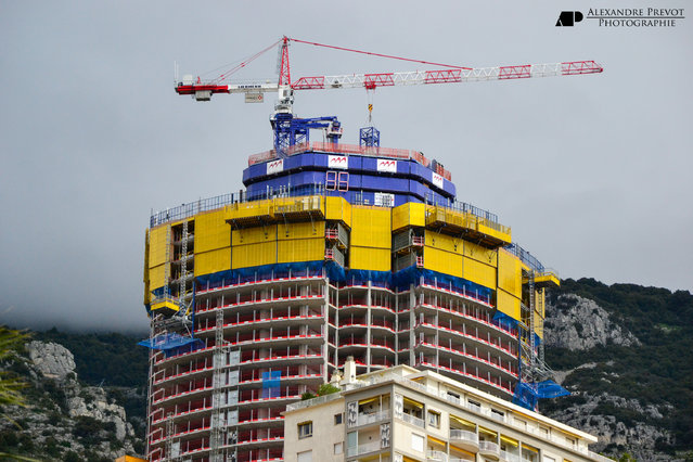 The top of the Odeon Tower (or Tour Odeon, in French) under construction in April 2013. (Photo by Alexandre Prévot)