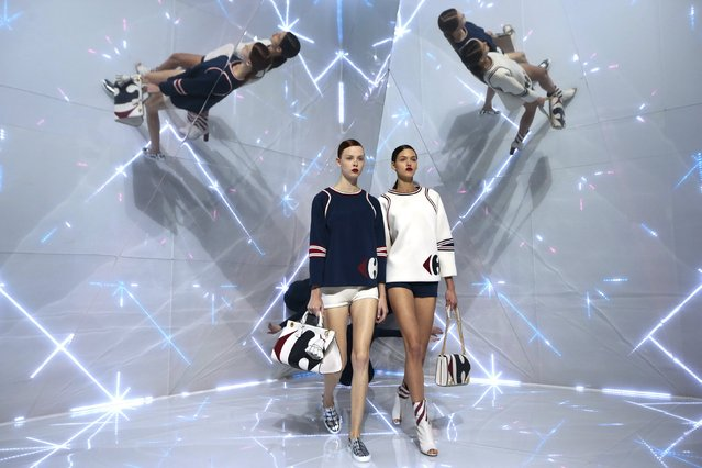 Models present creations from the Anya Hindmarch Spring/Summer 2016 collection during London Fashion Week in London, Britain September 22, 2015. (Photo by Suzanne Plunkett/Reuters)