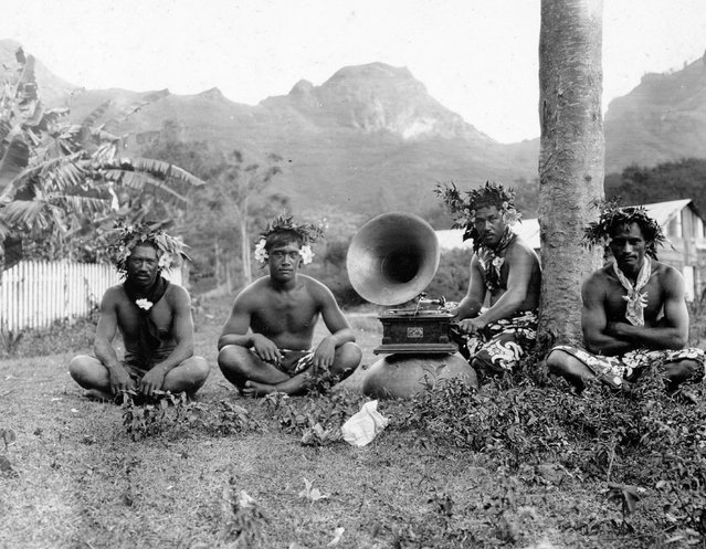 Inhabitants of Nuku Hiva, largest of the Marquesas Islands in French Polynesia, 1907. (Photo by Jack London/Courtesy of Contrasto)