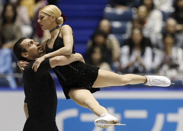 Alexa Scimeca and Chris Knierim of the U.S. compete during the pairs short program at the ISU World Team Trophy in Figure Skating in Tokyo April 17, 2015. (Photo by Yuya Shino/Reuters)