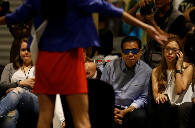 """Filipino tycoon Luis """"Chavit"""" Singson watches a rehearsal of Miss Universe candidates in Manila, Philippines January 24, 2017. (Photo by Erik De Castro/Reuters)"""