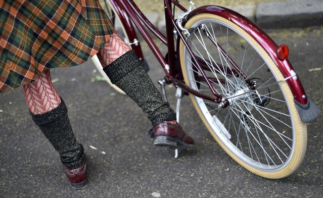 A participant gathers at the start of the The Tweed Run in central London, Britain, May 14, 2016. (Photo by Hannah McKay/Reuters)