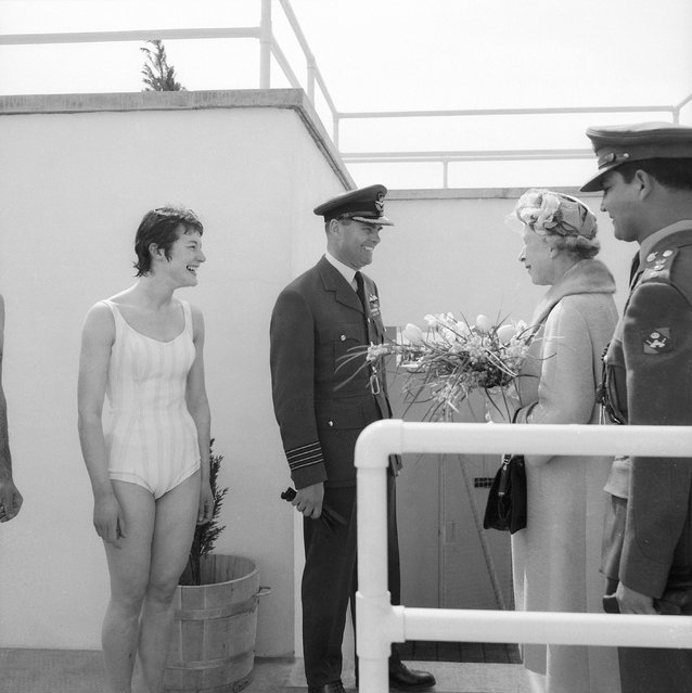 Group Captain Hubbard at the El-Adem RAF Station in Libya, meeting Princess Mary the Princess Royal (1897–1965), who is to open a new swimming pool, 15th March 1962. With them is nurse June Kay (left). (Photo by Central Press)