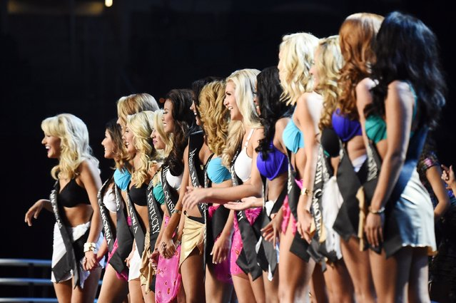 Miss America 2017 contestants appear onstage during the 2017 Miss America Competition - Show at Boardwalk Hall Arena on September 11, 2016 in Atlantic City, New Jersey. (Photo by Michael Loccisano/Getty Images for dcp)