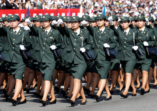 Japan's Self-Defence Forces' women's personnel march during the annual SDF ceremony at Asaka Base, Japan, October 23, 2016. (Photo by Kim Kyung-Hoon/Reuters)