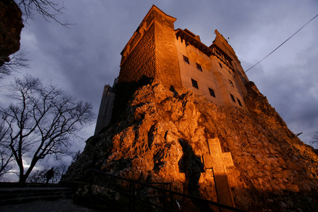 Exterior view of Bran Castle's northern facade, portrayed by Gothic novel writer Bram Stoker as the home of count Dracula, in Brasov county, Romania, October 31, 2016. (Photo by Octav Ganea/Reuters/Inquam Photos)