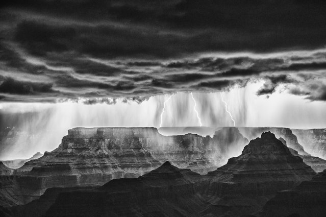 This mono shot shows the huge range of the lighting forks over the Grand Canyon. (Photo by Rolf Maeder)