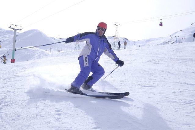 An Iranian man skis at the Dizin ski resort, northwest of Tehran January 15, 2016. (Photo by Raheb Homavandi/Reuters/TIMA)