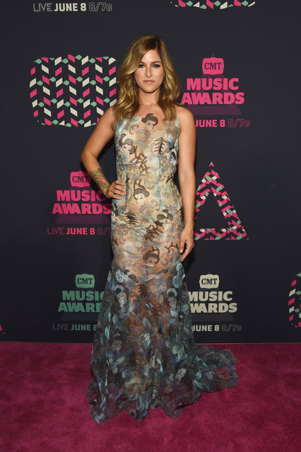 Singer-songwriter Cassadee Pope attends the 2016 CMT Music awards at the Bridgestone Arena on June 8, 2016 in Nashville, Tennessee. (Photo by Rick Diamond/Getty Images  for CMT)