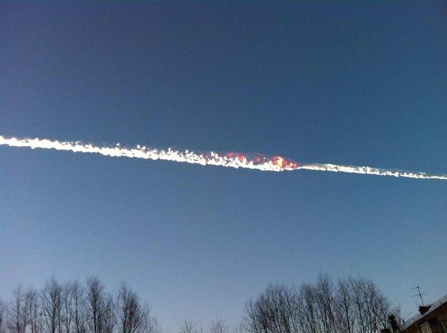 Meteor falls in Russia's Chelyabinsk region on February 15 , 2013