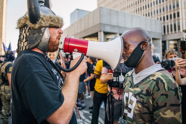 Demonstrators argue in front of the Louisville Metro Hall on September 5, 2020 in Louisville, Kentucky. (Photo by Brandon Bell/Getty Images)