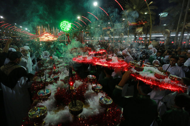 Shi'ite Muslims commemorate Ashura in Kerbala, Iraq, October 9, 2016. (Photo by Reuters/Stringer)