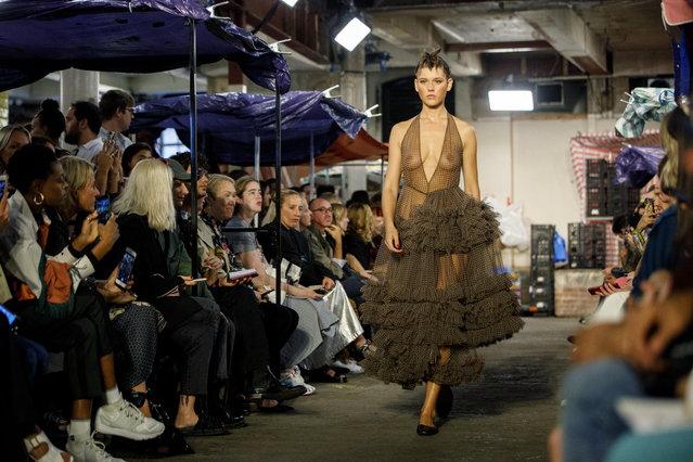 A model presents a creation by British designer Molly Goddard at the London Fashion Week, in London, Britain, 15 September 2018. (Photo by Tolga Akmen/EPA/EFE)
