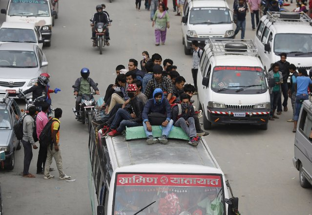 People leave for safer places after Saturday's earthquake, in Kathmandu, Nepal April 28, 2015. (Photo by Adnan Abidi/Reuters)