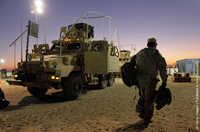 U.S. Forces Withdraw From Iraq Into Kuwait, After 8-Year Presence