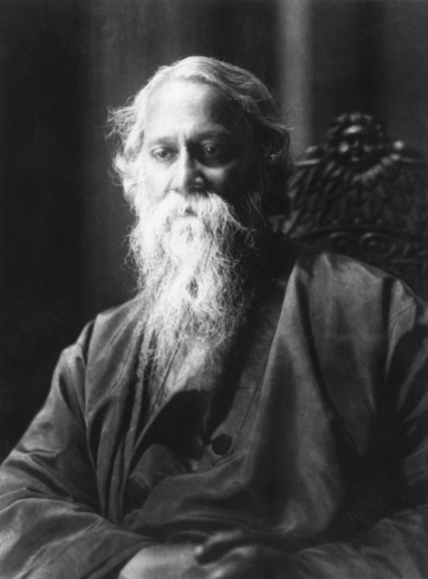 Indian poet, artist and writer Rabindranath Tagore (1861-1941), circa 1930. (Photo by Hulton Archive)