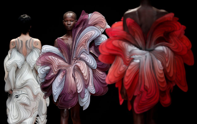 Models present creations by Dutch designer Iris van Herpen as part of her Haute Couture Spring-Summer 2019 collection show in Paris, France, January 21, 2019. (Photo by Benoit Tessier/Reuters)