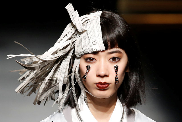 A model shows creations of ACUOD by CHANU during Amazon Fashion Week TOKYO in Tokyo, Japan, March 21, 2019. (Photo by Kim Kyung-hoon/Reuters)