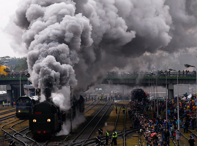 Steam engines ride during the 24th Steam Engine Parade in Wolsztyn, Poland April 29, 2017. (Photo by Kacper Pempel/Reuters)