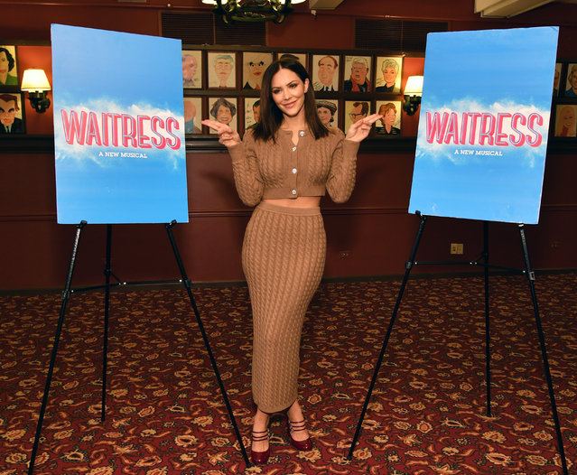 """Singer/actress Katharine McPhee greets the press ahead of her return to Broadway's """"Waitress"""" at Sardi's on November 20, 2019 in New York City. (Photo by Slaven Vlasic/Getty Images)"""