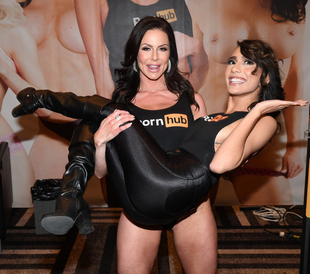 Adult film actress Kendra Lust picks up adult film actress Janice Griffith at the Pornhub booth at the 2017 AVN Adult Entertainment Expo at the Hard Rock Hotel & Casino on January 18, 2017 in Las Vegas, Nevada. (Photo by Ethan Miller/Getty Images)
