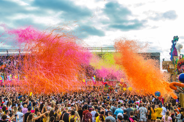 The main stage atmosphere at Elrow Town at Queen Elizabeth Olympic Park on August 18, 2018 in London, England. (Photo by Ollie Millington/Redferns)