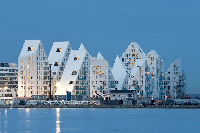 The Iceberg By CEBRA + JDS + SeARCH + Louis Paillard Architects
