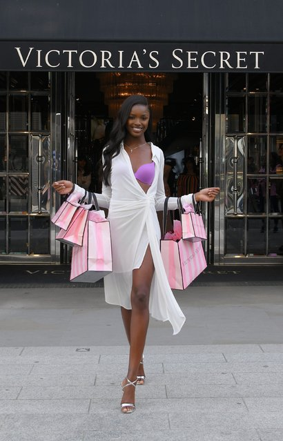 """Victorias Secret Angel Leomie Anderson visits the Bond Street Victorias Secret Store to launch the new """"Incredible"""" collection on May 15, 2019 in London, United Kingdom. (Photo by David M. Benett/Dave Benett / Getty Images for Victoria Secret)"""
