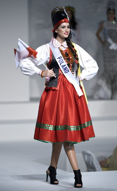 Miss Poland Ewa Mielnicka displays her national costume during the Miss International Beauty Pageant 2015 in Tokyo, Japan, 05 November 2015. (Photo by Franck Robichon/EPA)