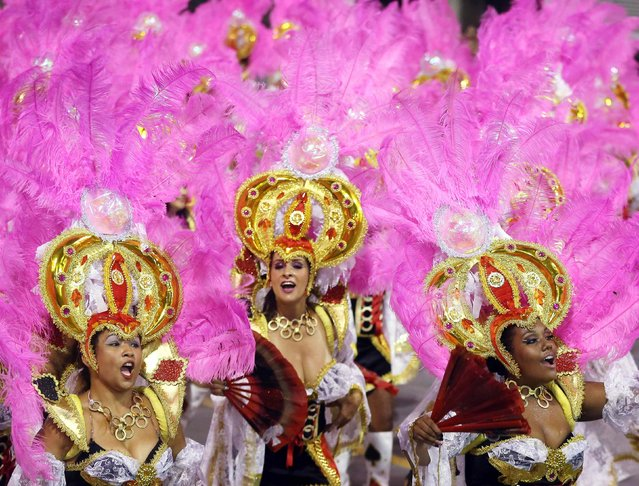 Revellers from the Vai-Vai Samba School take part in a carnival at Anhembi Sambadrome in Sao Paulo, February 15, 2015. (Photo by Paulo Whitaker/Reuters)