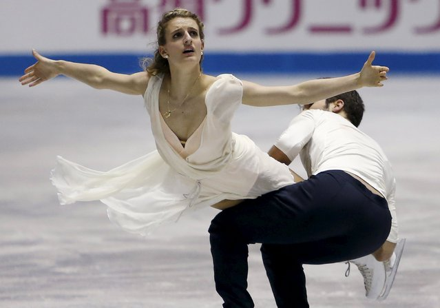 Gabriella Papadakis and Guillaume Cizeron of France compete during the ice dance free dance program at the ISU World Team Trophy in Figure Skating in Tokyo April 17, 2015. (Photo by Yuya Shino/Reuters)