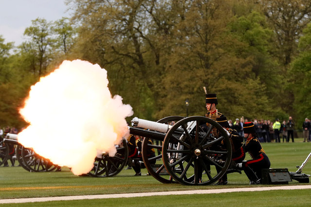 Guns are fired during the King's Troop Royal Horse Artillery Royal 41-gun salute to mark the 91st birthday of Britain's Queen Elizabeth, at Hyde Park in central London, Britain April 21, 2017. (Photo by Stefan Wermuth/Reuters)