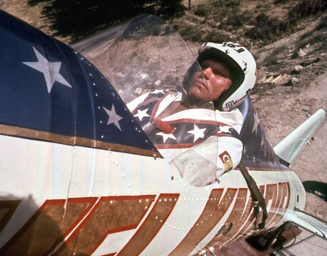 Evel Knievel is shown in his rocket before his failed attempt at a highly promoted 3/4-mile leap across Snake River Canyon in Twin Falls, Idaho, on September 8, 1974. The jump failed when the parachute on his rocket malfunctioned, opening prematurely. Knievel was uninjured. (Photo by AP Photo)