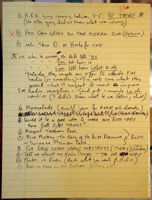 A to-do list written by John Lennon