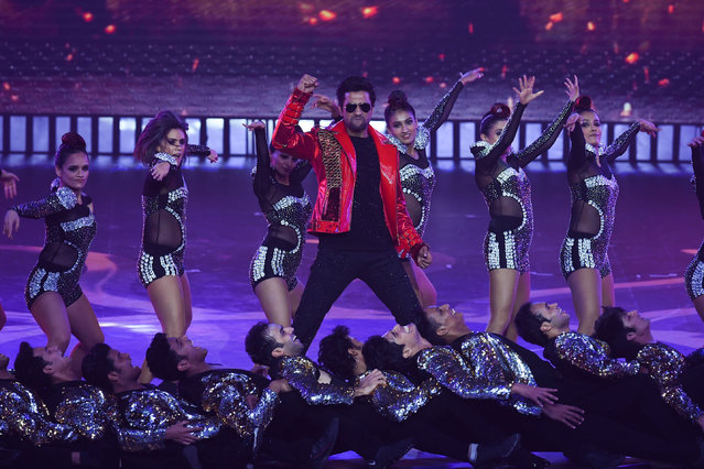Bollywood actor Vicky Kaushal performs on stage during the 20th International Indian Film Academy (IIFA) Awards at NSCI Dome in Mumbai on September 18, 2019. (Photo by Indranil Mukherjee/AFP Photo)