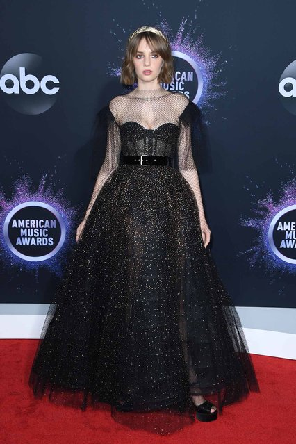 US actress Maya Hawke arrives for the 2019 American Music Awards at the Microsoft theatre on November 24, 2019 in Los Angeles. (Photo by Mark Ralston/AFP Photo)