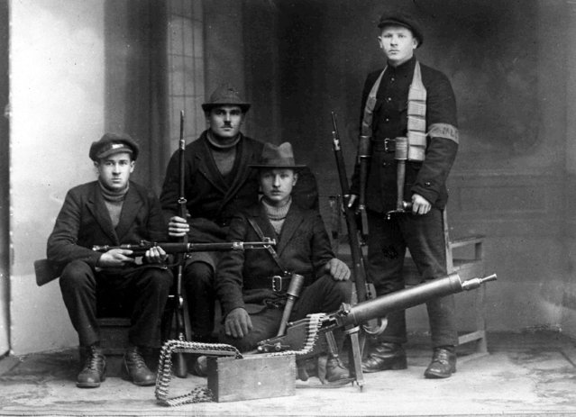 Some of the Lithuanian irregulars who have forced the French garrison to withdraw from Memel and the surrounding district, January 12, 1923. (Photo by AP Photo)