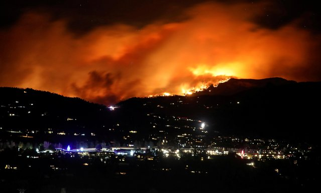 The Cameron Peak Fire, the largest wildfire in Colorado's history, burns outside Estes Park, Colorado, U.S. on October 16, 2020. (Photo by Jim Urquhart/Reuters)