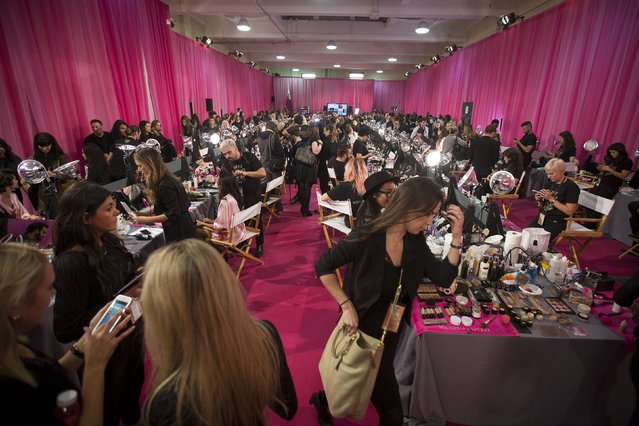 The backstage area is pictured before the Victoria's Secret Fashion Show in the Manhattan borough of New York November 10, 2015. (Photo by Carlo Allegri/Reuters)