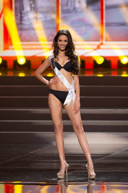 A handout picture provided by the Miss Universe Organization shows Manasi Moghe, Miss India 2013, competing in the swimsuit competition during the Preliminary Competition at the Crocus City Hall, in Moscow, Russia, 05 November 2013. (Photo by Darren Decker/EPA)