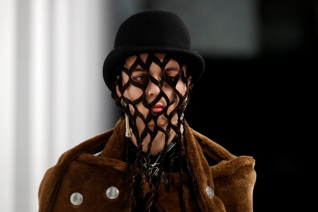 A model presents a creation by designer Teppei Fujita as part of his Fall/Winter 2019-2020 collection show for label Sulvam during Men's Fashion Week in Paris, France, January 17, 2019. (Photo by Charles Platiau/Reuters)