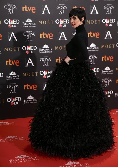 Paz Vega poses on the red carpet at the Spanish Film Academy's Goya Awards ceremony in Madrid, Spain, February 4, 2017. (Photo by Juan Medina/Reuters)