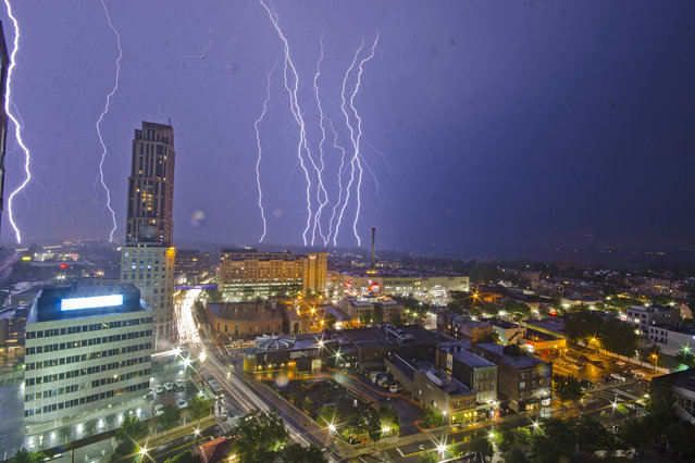 Lightning observed from New Rochelle, New York during the heavy rainfall and thunderstorm on Tuesday evening, August 16, 2016. One Poughkeepsie victim died and six people were injured in the resort town of Lake George during last week's separate lightning strikes. (Photo by Sumit Shrestha/ZUMA Press/Splash News)