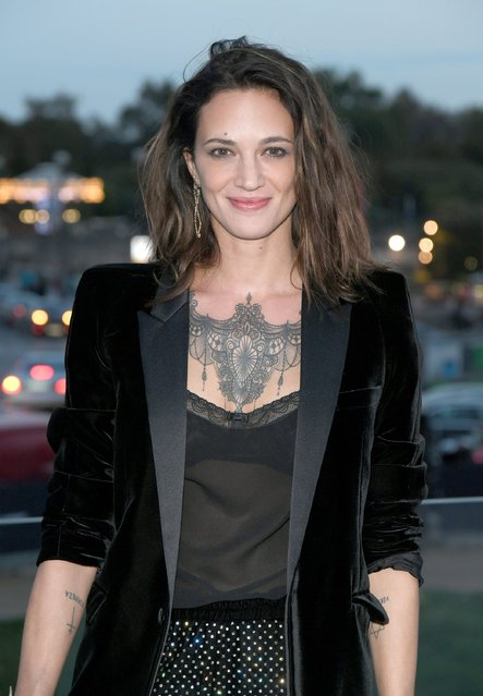 Asia Argento attends the Saint Laurent show as part of the Paris Fashion Week Womenswear  Spring/Summer 2018 on September 26, 2017 in Paris, France. (Photo by Pascal Le Segretain/Getty Images)