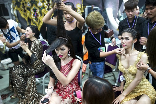 Contestants prepare to go on stage during the Miss International Queen 2015 transgender/transsexual beauty pageant in Pattaya, Thailand, November 6, 2015. (Photo by Athit Perawongmetha/Reuters)