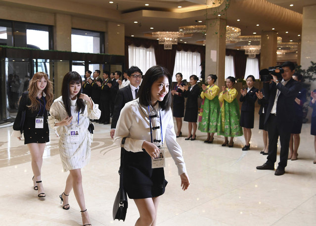 South Korean popular girl band Red Velvet arrives at a hotel in Pyongyang, North Korea, Saturday, March 31, 2018. (Photo by Korea Pool via AP Photo)