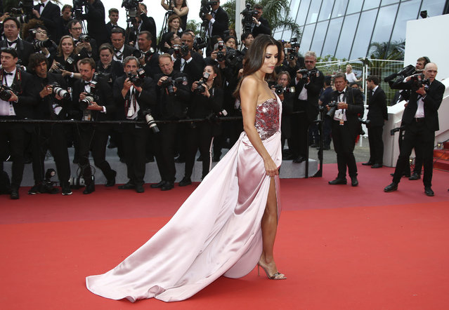 "Actress Eva Longoria poses for photographers upon arrival at the opening ceremony and the premiere of the film ""The Dead Don't Die"" at the 72nd international film festival, Cannes, southern France, Tuesday, May 14, 2019. (Photo by Joel C Ryan/Invision/AP Photo)"